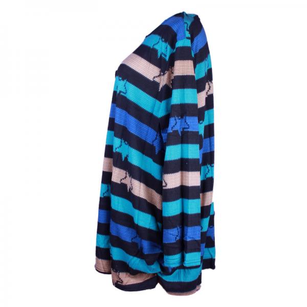 attiremadness   woman   tshirt   plus size   oversize printed tops