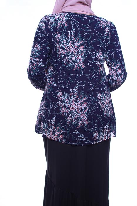 attiremadness | woman | blouse | floral | bunga