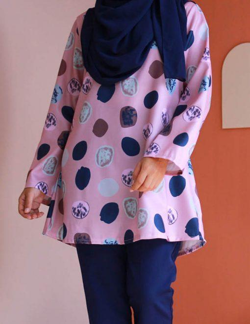 attiremadness | women | blouse | polkadot | muslimah | long sleeve